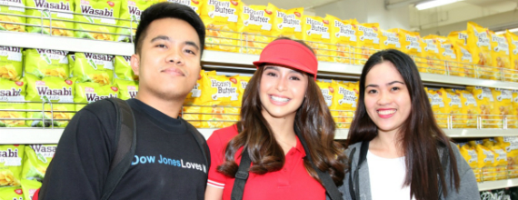Calbee brings Yassi Pressman for a NAKS surprise to fans
